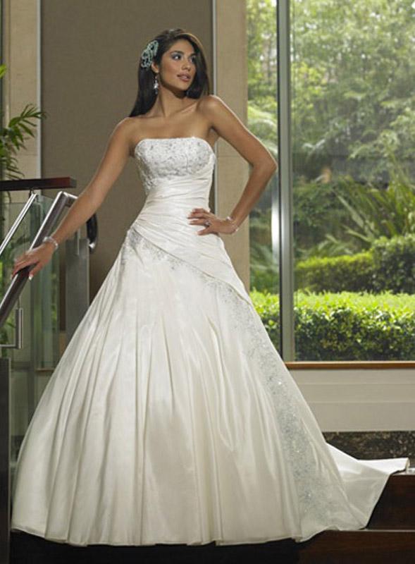Модные свадебные платья: интересные